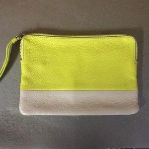 Gap clutch yellow/tan